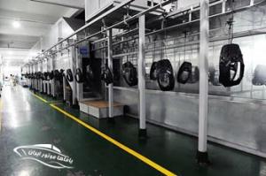 خط منتاژ موتور قایق